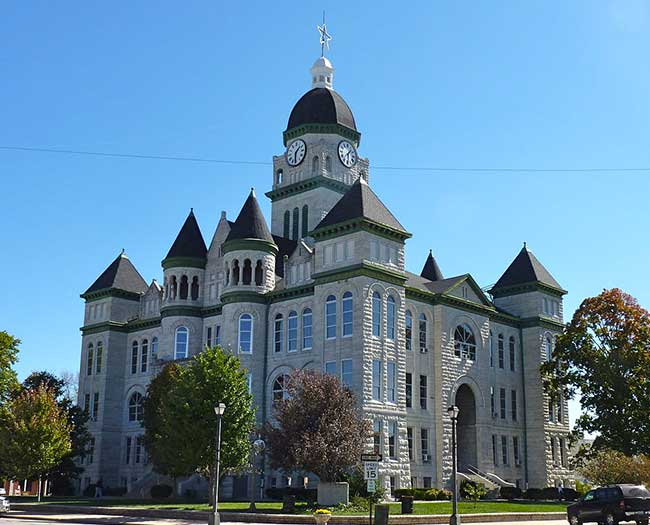 Be sure to check out the Jasper County Courthouse the next time you drive through Carthage, Missouri.